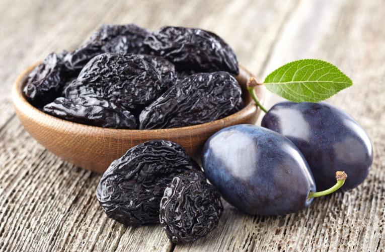 PRUNELE USCATE – Previn bolile de inimă, cancerul și elimină kilogramele în plus